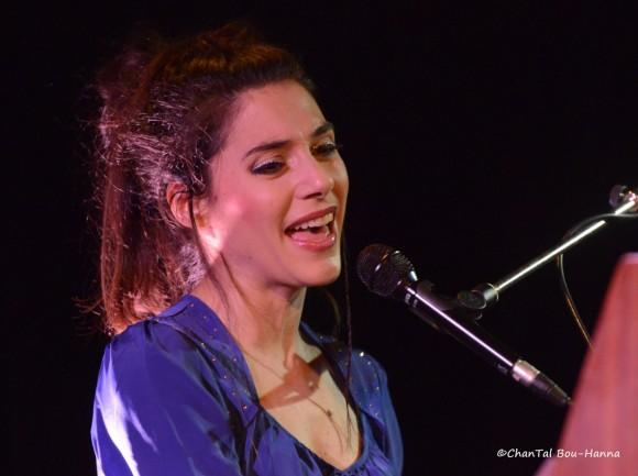 Delphine Coutant (ici au Terrain Neutre Théâtre, à Nantes, le 11 janvier 2013). Photo : Chantal Bou-Hanna.