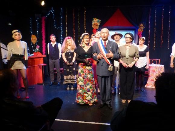 Une partie de la troupe du «Kabaret de la dernière chance», version printemps 2013.
