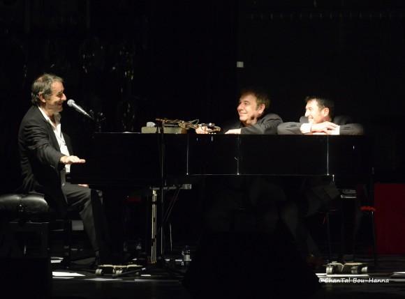 De gauche à droite : Romain Didier, Yves Jamait, Jean Guidoni, à La Bouche d'air, Nantes, le 8 octobre 2013. Photo : Chantal Bou-Hanna