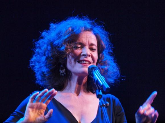 Mona Heftre, ici au théâtre Déjazet, à Paris, le 25 octobre 2010. Photo : Chantal Bou-Hanna